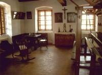 02dc0fa2494 Dnes tedy městské muzeum provozuje dva objekty  Starou radnici a Červený  dům. V roce 1999 byla znovuzaložena Muzejní společnost ve Valašských  Kloboukách